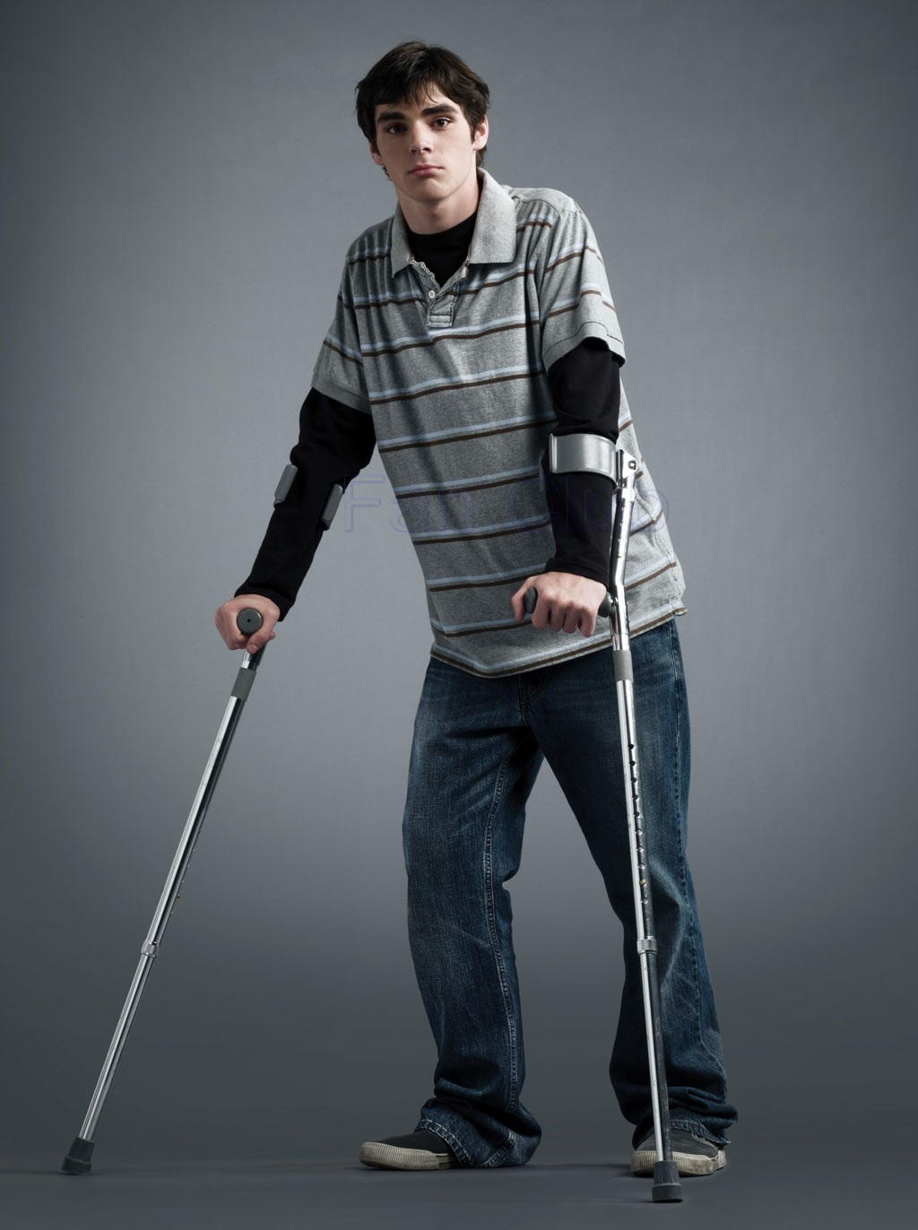 RJ Mitte de Breaking Bad nos platica cómo es su vida con ...